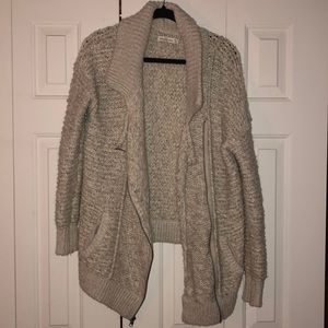 Abercrombie Oversized Beige Cardigan with Zipper